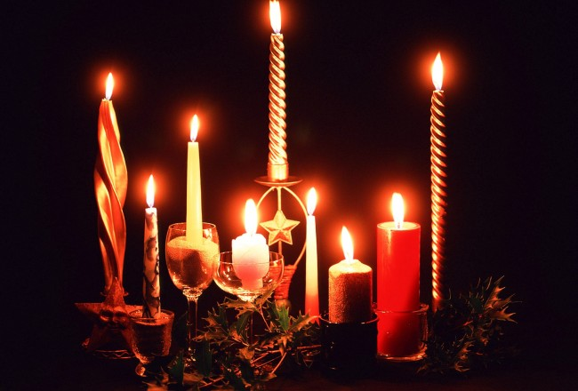 christmas-church-candles-225817